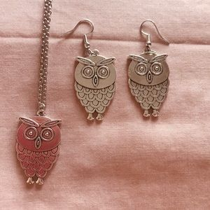 Jewelry - 🌼 Silver Owl Necklace & Earrings Set